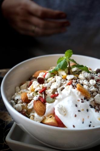 Kokosyoghurt med granola, från Earth Tone